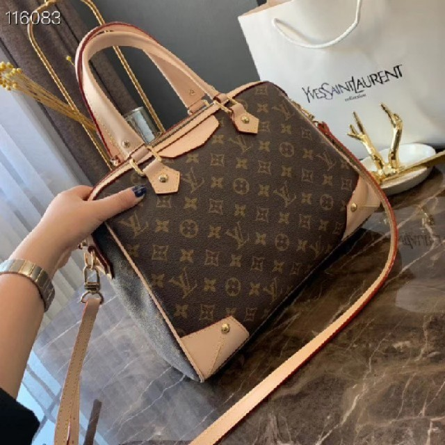 vivienne バッグ 偽物 facebook / LOUIS VUITTON - ハンドバッグ   クロスボディバッグの通販 by e's shop|ルイヴィトンならラクマ