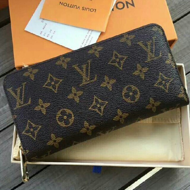 marc jacobs バッグ 激安 xp | LOUIS VUITTON - LOUIS VUITTON ルイヴィトン 長財布 モノグラム 在庫あり 即購OKの通販 by ユリコ's shop|ルイヴィトンならラクマ
