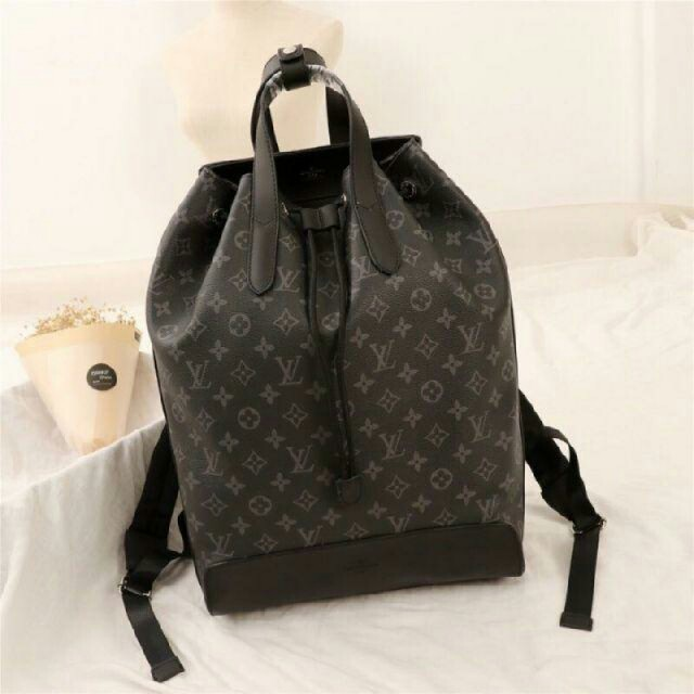 LOUIS VUITTON - ルイヴィトンリュックの通販 by sdadaa's shop|ルイヴィトンならラクマ