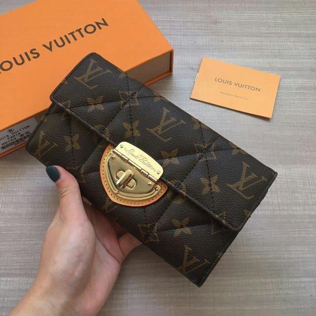 LOUIS VUITTON - LOUIS VUITTON ルイヴィトン モノグラム 長財布 男女兼用