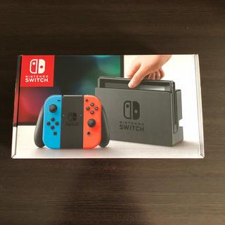 ニンテンドースイッチ(Nintendo Switch)のNintendo Switch本体ネオンブルー(家庭用ゲーム機本体)