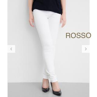 アーバンリサーチロッソ(URBAN RESEARCH ROSSO)の新品 ROSSOホワイトスキニーパンツ 定価10,260円(スキニーパンツ)