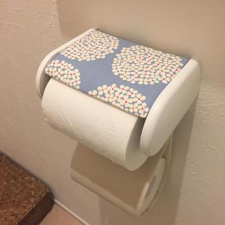 マリメッコ(marimekko)のトイレットペーパーホルダーカバー *handmade*(トイレ収納)