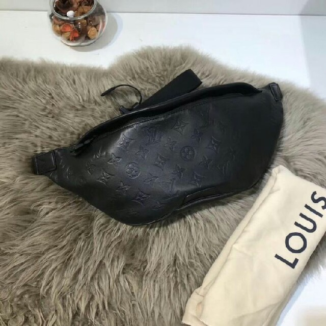 LOUIS VUITTON - Louis Vuitton ディスカバリー・バムバッグの通販 by asoiKjxhs's shop|ルイヴィトンならラクマ