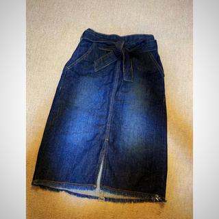 ジーユー(GU)のひざ丈デニムスカート(スカート)