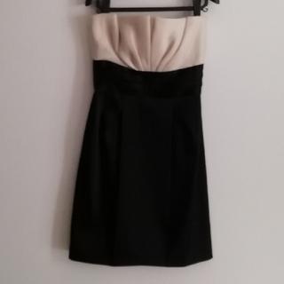ビーシービージーマックスアズリア(BCBGMAXAZRIA)の maxandcleo ドレス(ひざ丈ワンピース)