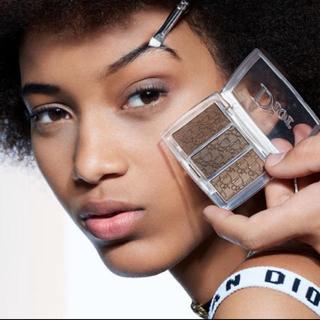ディオール(Dior)のディオール バックステージ ブロウパレット 001(パウダーアイブロウ)