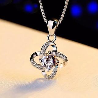 ハリーウィンストン(HARRY WINSTON)のレディース 四つ葉 czダイヤモンド ネックレス(ネックレス)