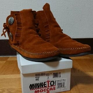 ミネトンカ(Minnetonka)のMINNETONKA ショートブーツ コンチョ 7(24cm)(ブーツ)
