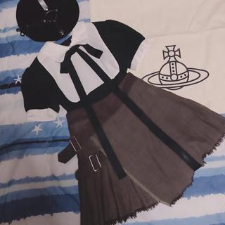 ヴィヴィアンウエストウッド(Vivienne Westwood)のVW✱ベルト巻きスカート(ミニスカート)