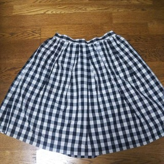 ティアラ(tiara)の【最終セール】Tiara❤ティアラ ギンガムチェック スカート 黒白(ひざ丈スカート)