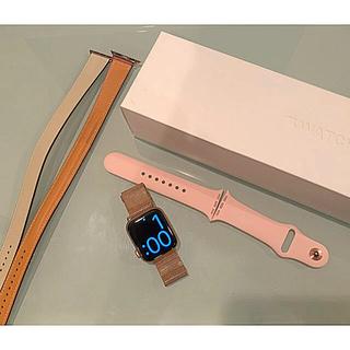 アップルウォッチ(Apple Watch)の専用【美品】Apple Watch 4 ベルト3本付き アップルウォッチ(その他)