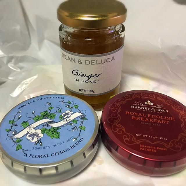 DEAN & DELUCA(ディーンアンドデルーカ)のDEAN&DELUKA はちみつ 紅茶 セット 食品/飲料/酒の飲料(茶)の商品写真