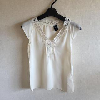 ギャップ(GAP)のGAP♡シルクの白いトップス(シャツ/ブラウス(半袖/袖なし))