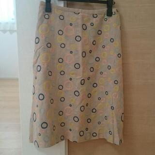 ミナペルホネン(mina perhonen)のサリースコット 刺繍スカート(ひざ丈スカート)