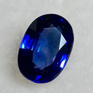 煌めくブルーのブリリアンス 0.5ct UP 天然 サファイア ルース 鑑別付(リング(指輪))