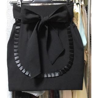 イートミー(EATME)のエプロン風スカート(ミニスカート)