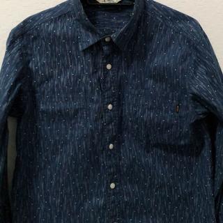キャリー(CALEE)のCALEE 長袖シャツ ブルー サイズM  明日まで千円引き(シャツ)