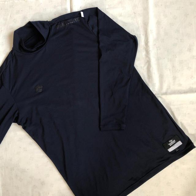 DESCENTE(デサント)のデサント  アンダーシャツ  ネイビー  L スポーツ/アウトドアの野球(ウェア)の商品写真