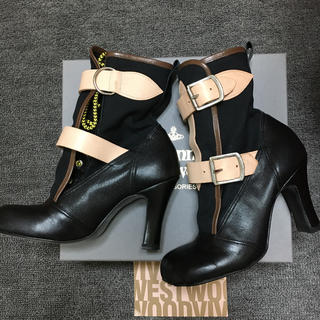 ヴィヴィアンウエストウッド(Vivienne Westwood)のVivienne Westwood ボンテージブーツ(ブーツ)