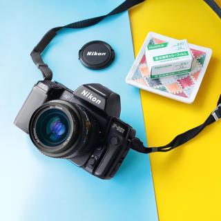 ニコン(Nikon)の完動品‼️Nikon F801 35-70mmレンズ フィルム一眼レフカメラ(フィルムカメラ)