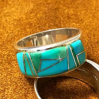 ロンハーマン(Ron Herman)のナバホ族 インディアンジュエリー ターコイズ インレイ シルバーリング (リング(指輪))