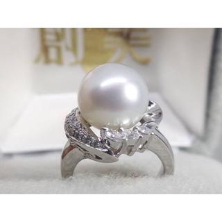 Pt900 天然ダイヤ0.25ct白蝶(しろちょう)真珠11mmデザインリング (リング(指輪))