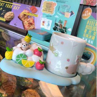 スターバックスコーヒー(Starbucks Coffee)のスタバ かくれんぼ アルパカ マグカップ コースターセット 雲レインボー柄 新品(マグカップ)