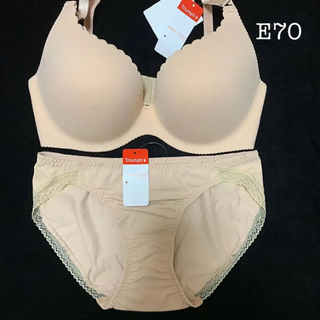 アモスタイル(AMO'S STYLE)のトリンプブラショーツセット E70(ブラ&ショーツセット)