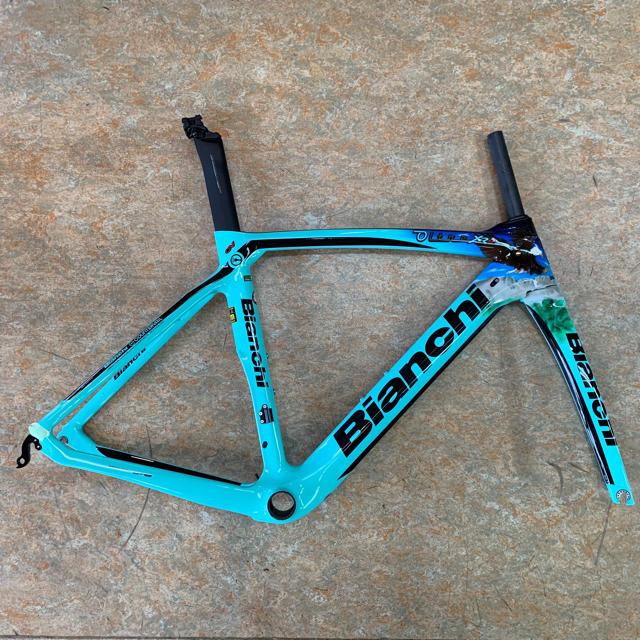 Bianchi(ビアンキ)の限定品 2019 ビアンキ オルトレXR4 ログリッチェレプリカモデル53サイズ スポーツ/アウトドアの自転車(自転車本体)の商品写真