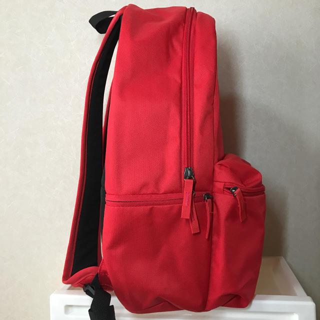 NIKE(ナイキ)のNIKE レッドリュック レディースのバッグ(リュック/バックパック)の商品写真