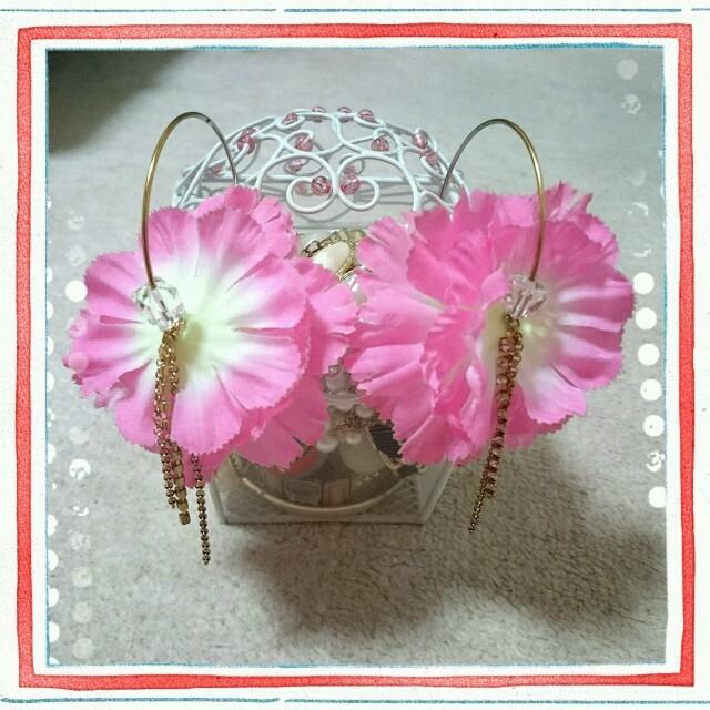 ピンク*花びら*ピアス レディースのアクセサリー(ピアス)の商品写真
