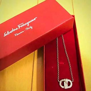 サルヴァトーレフェラガモ(Salvatore Ferragamo)のネックレス(ネックレス)