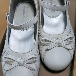 ホワイトの靴(ローファー/革靴)