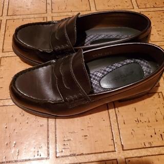 ナイスクラップ(NICE CLAUP)の焦げ茶色のローファ-(ローファー/革靴)