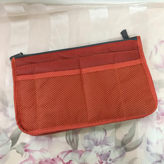 ムジルシリョウヒン(MUJI (無印良品))の未使用✨手持ち付きバッグインバッグ コスメポーチ✨(ポーチ)
