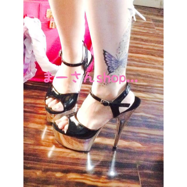 ✽キャバ嬢♥️シルバーピンヒールサンダル レディースの靴/シューズ(サンダル)の商品写真