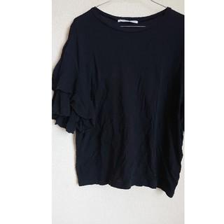 ケービーエフ(KBF)のKBF フリル袖 黒 薄手Tシャツ素材 カットソー (Tシャツ(半袖/袖なし))
