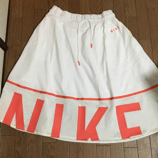 ナイキ(NIKE)のNIKE  スカート(ひざ丈スカート)