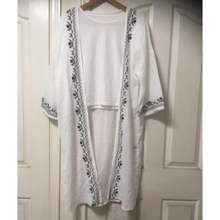 シマムラ(しまむら)の新品 七分袖刺繍ロングガウンTシャツセットM白(その他)