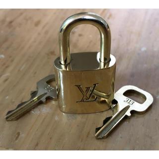 ルイヴィトン(LOUIS VUITTON)のヴィトン パドロック カギ(鍵) 南京錠 ゴールド色(その他)