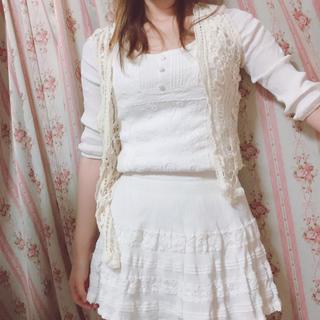 セシルマクビー(CECIL McBEE)のセシルマグピー ホワイトワンピース 刺繍 定価5000(その他)