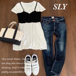 スライ(SLY)のSLYビスチェ付きAラインTシャツ♡(Tシャツ(半袖/袖なし))