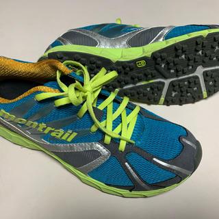 モントレイル(montrail)の靴(スニーカー)