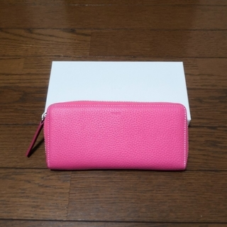 トゥモローランド(TOMORROWLAND)のVASIC ピンク長財布 2019年5月トゥモローランドで購入 定価30000円(財布)