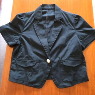 ローリーズファーム(LOWRYS FARM)の美品 ローリーズファーム M ジャケット(ノーカラージャケット)