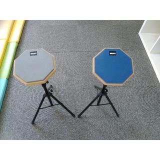 ドラム練習パッド(スタンド付き) グレー1個(その他)
