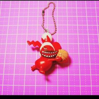 1080 リトルグリーモンスター キーホルダー バッグチャーム 赤 レッド(キーホルダー)