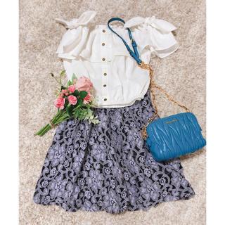 マーキュリーデュオ(MERCURYDUO)の【極美品】パープルブラック花柄バルーンスカート✨(ミニスカート)