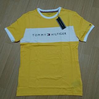 トミーヒルフィガー(TOMMY HILFIGER)のXLサイズ トミーヒルフィガー yellow Tシャツ(Tシャツ(半袖/袖なし))